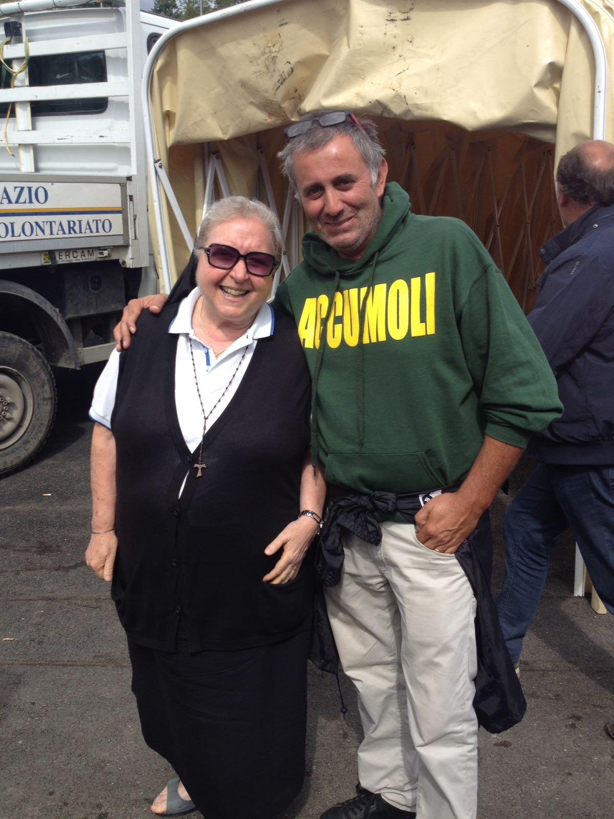 Suor Paola e Gianfranco - Campo tenda Accumoli